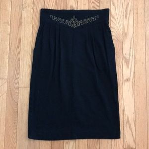 Vintage high waisted skirt with embroidery